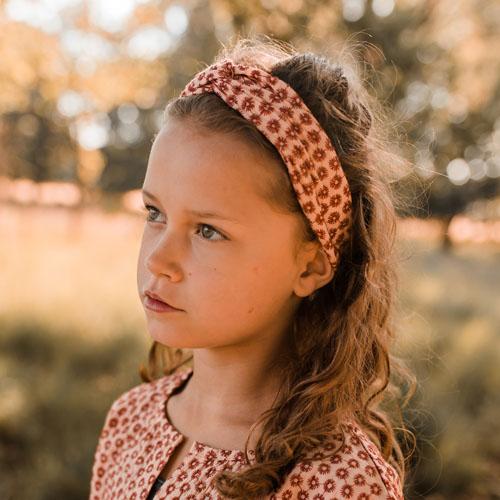 Your-Wishes-Haarband-Broderie-Terra-Sfeerfoto1-Popcorn-Kids